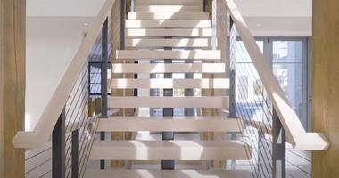 Каркасная лестницы из металла