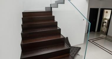 Трёхпролетная лестница венге (лакированная)